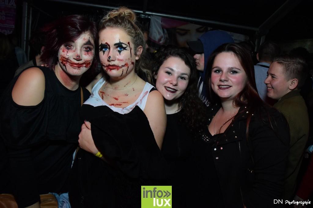 //media/jw_sigpro/users/0000002463/Halloween dancing club a meix dvt/image00193