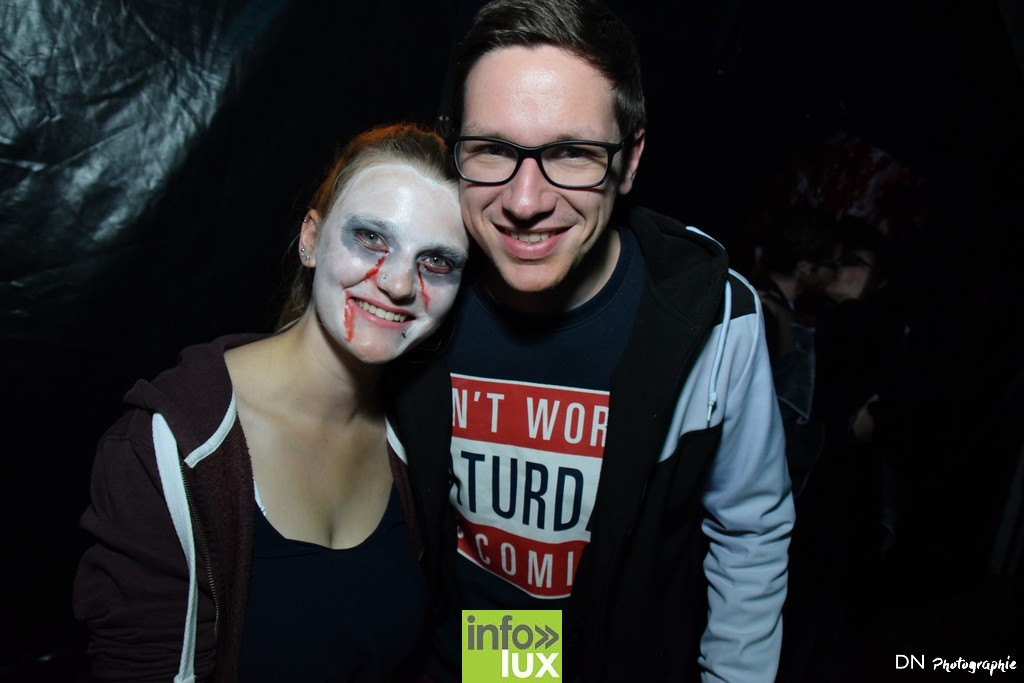 //media/jw_sigpro/users/0000002463/Halloween dancing club a meix dvt/image00194