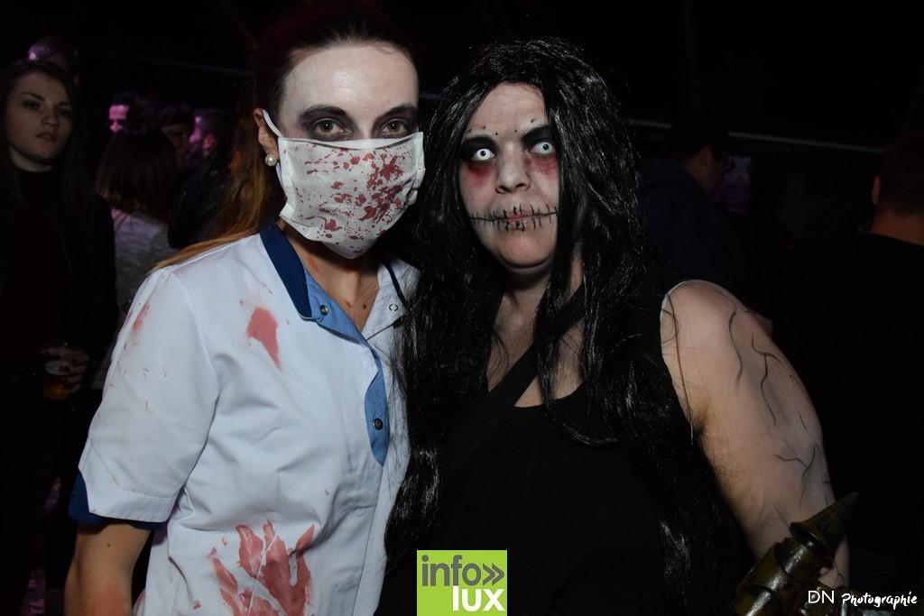 //media/jw_sigpro/users/0000002463/Halloween dancing club a meix dvt/image00203
