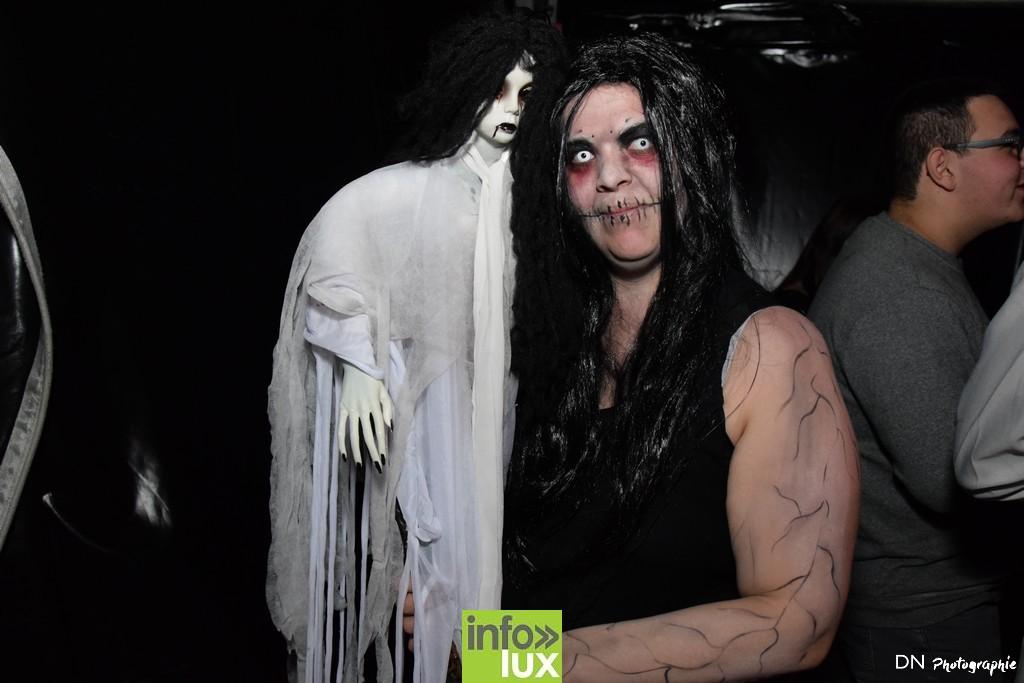 //media/jw_sigpro/users/0000002463/Halloween dancing club a meix dvt/image00220