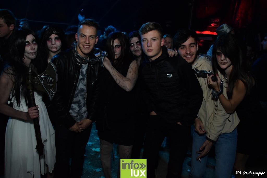 //media/jw_sigpro/users/0000002463/Halloween dancing club a meix dvt/image00222