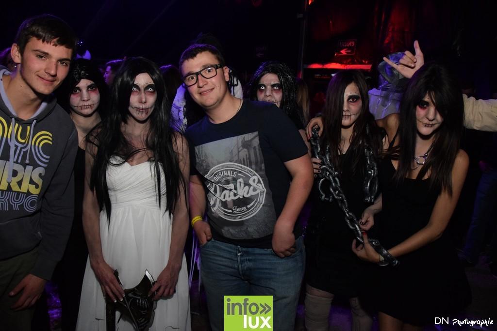 //media/jw_sigpro/users/0000002463/Halloween dancing club a meix dvt/image00223