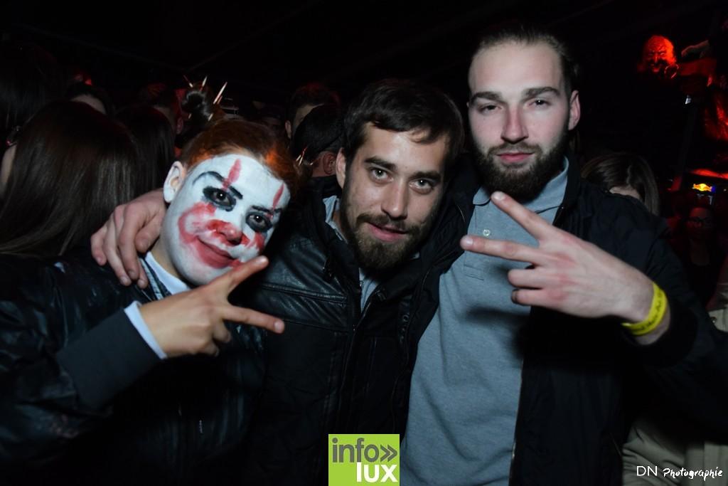 //media/jw_sigpro/users/0000002463/Halloween dancing club a meix dvt/image00230