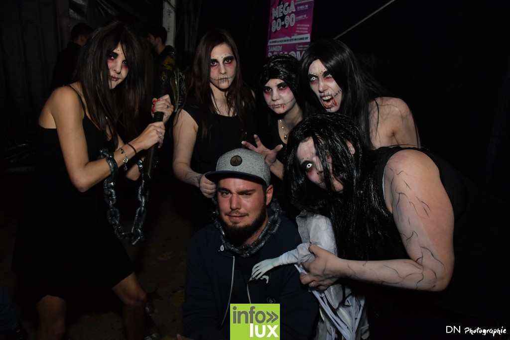 //media/jw_sigpro/users/0000002463/Halloween dancing club a meix dvt/image00234