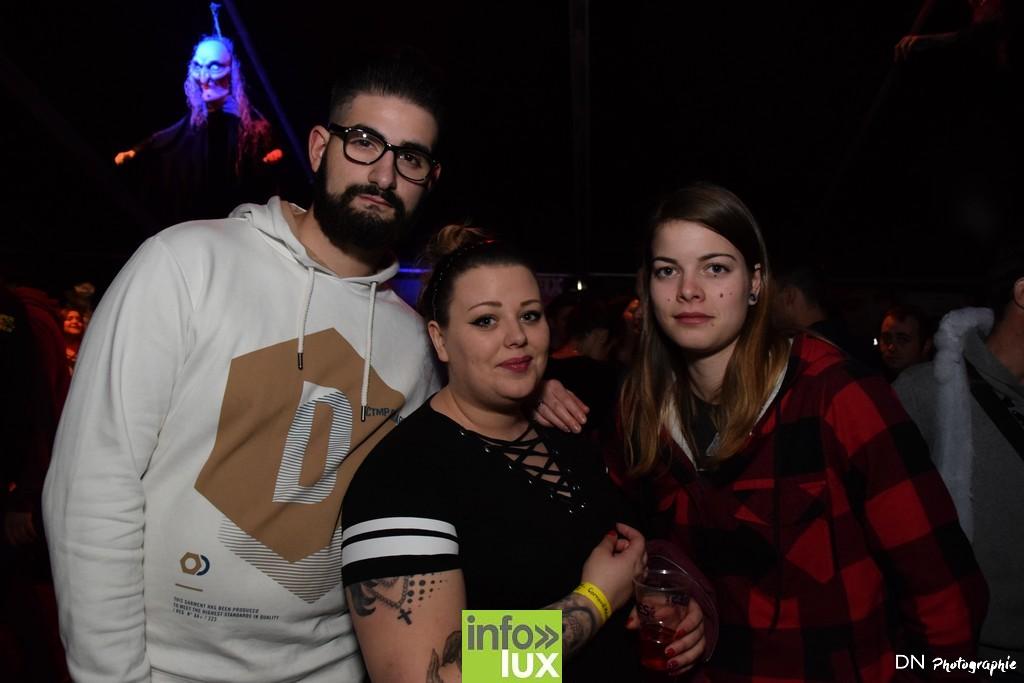 //media/jw_sigpro/users/0000002463/Halloween dancing club a meix dvt/image00237