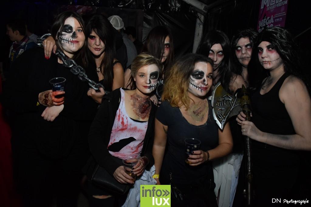 //media/jw_sigpro/users/0000002463/Halloween dancing club a meix dvt/image00250