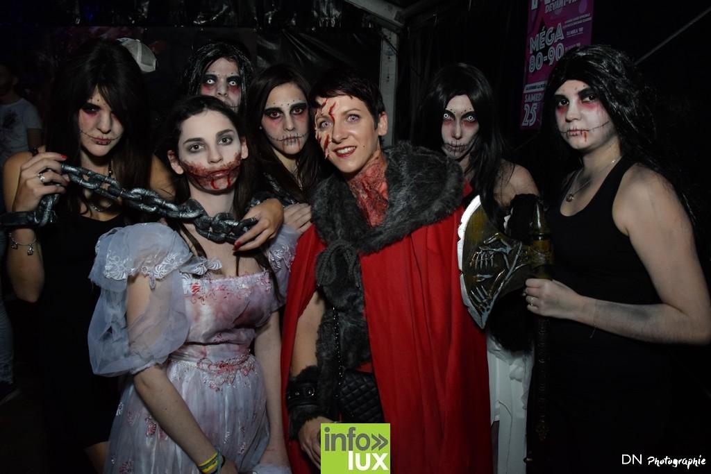 //media/jw_sigpro/users/0000002463/Halloween dancing club a meix dvt/image00251