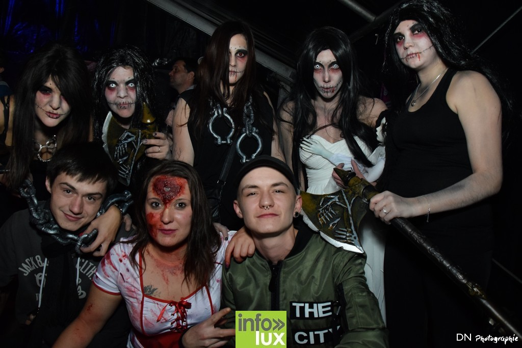 //media/jw_sigpro/users/0000002463/Halloween dancing club a meix dvt/image00252