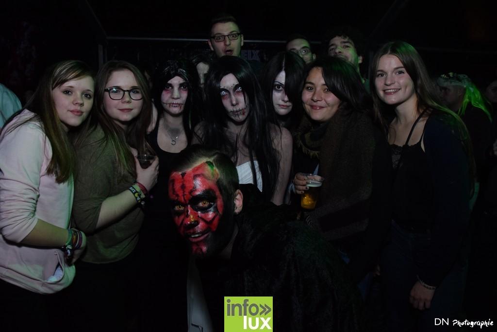 //media/jw_sigpro/users/0000002463/Halloween dancing club a meix dvt/image00261