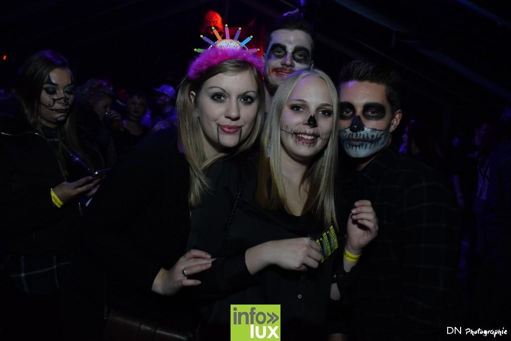 //media/jw_sigpro/users/0000002463/Halloween dancing club a meix dvt/image00263
