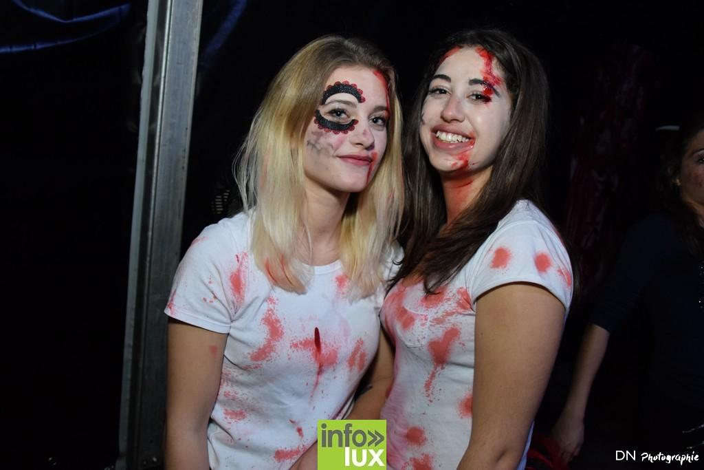 //media/jw_sigpro/users/0000002463/Halloween dancing club a meix dvt/image00266
