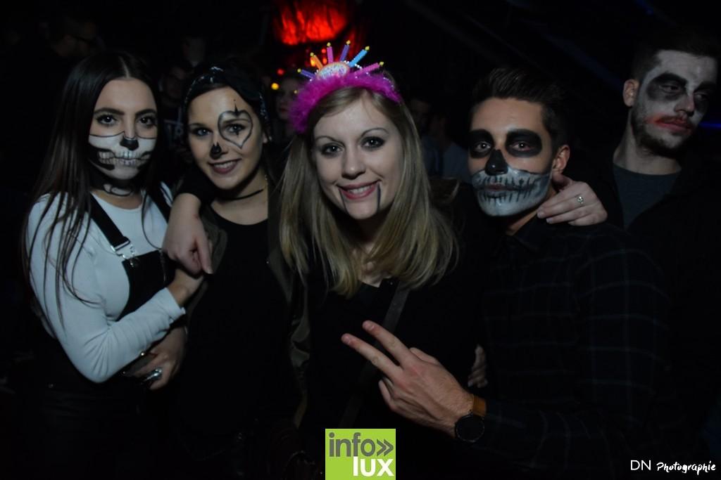 //media/jw_sigpro/users/0000002463/Halloween dancing club a meix dvt/image00269