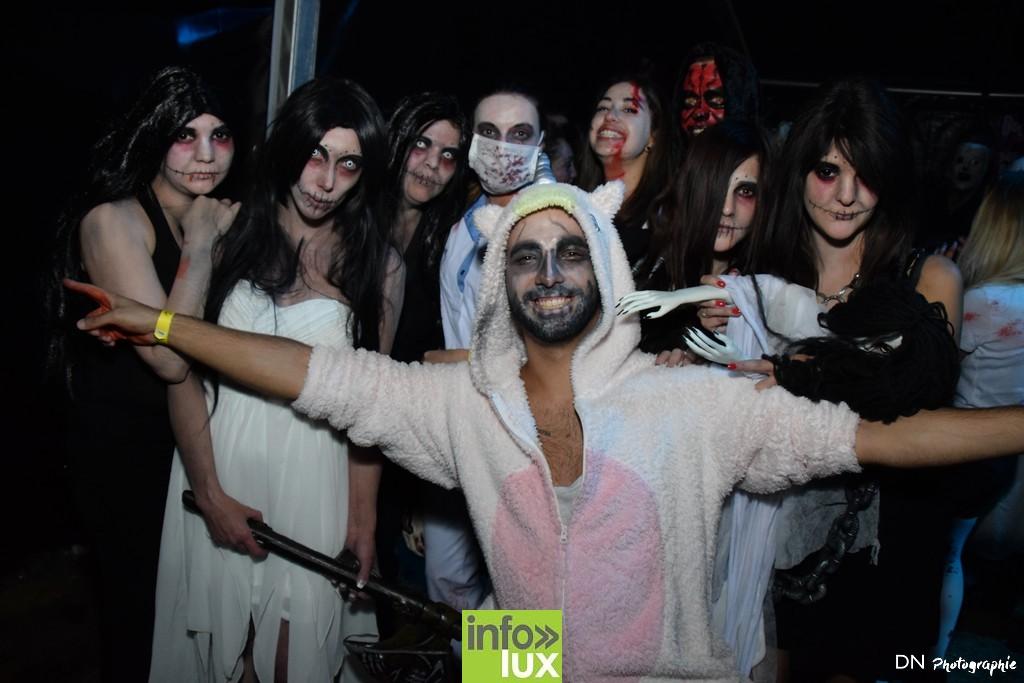//media/jw_sigpro/users/0000002463/Halloween dancing club a meix dvt/image00273