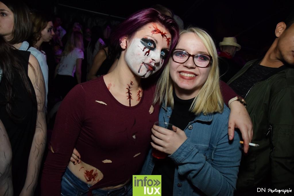 //media/jw_sigpro/users/0000002463/Halloween dancing club a meix dvt/image00276