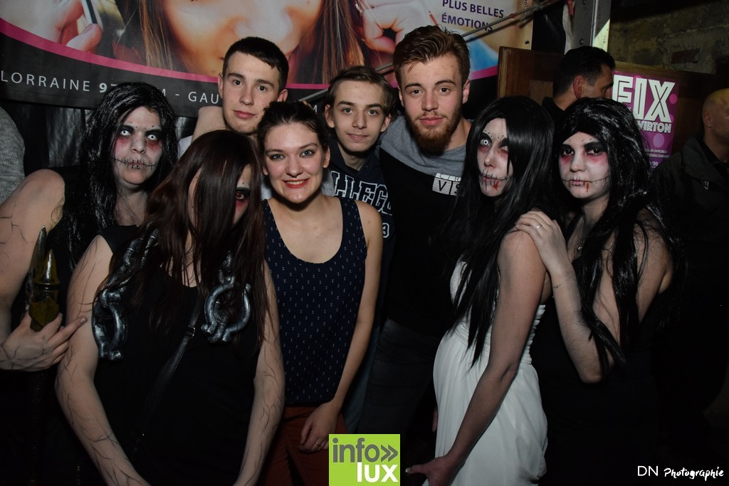 //media/jw_sigpro/users/0000002463/Halloween dancing club a meix dvt/image00277