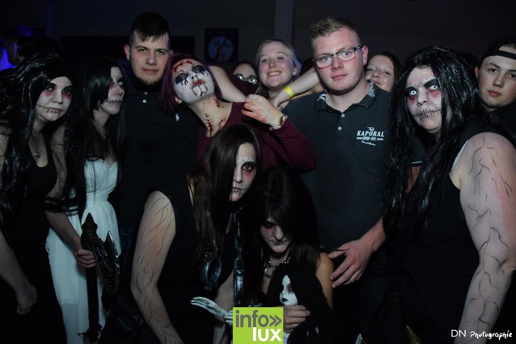 //media/jw_sigpro/users/0000002463/Halloween dancing club a meix dvt/image00279