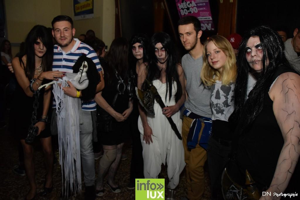 //media/jw_sigpro/users/0000002463/Halloween dancing club a meix dvt/image00291
