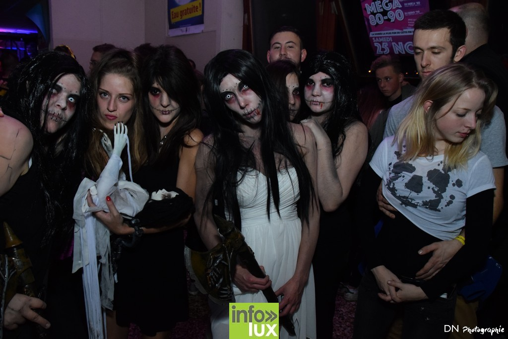 //media/jw_sigpro/users/0000002463/Halloween dancing club a meix dvt/image00294