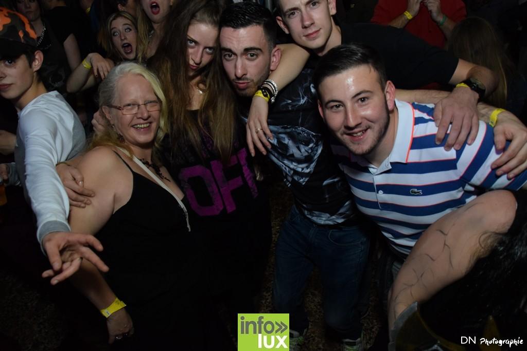 //media/jw_sigpro/users/0000002463/Halloween dancing club a meix dvt/image00299