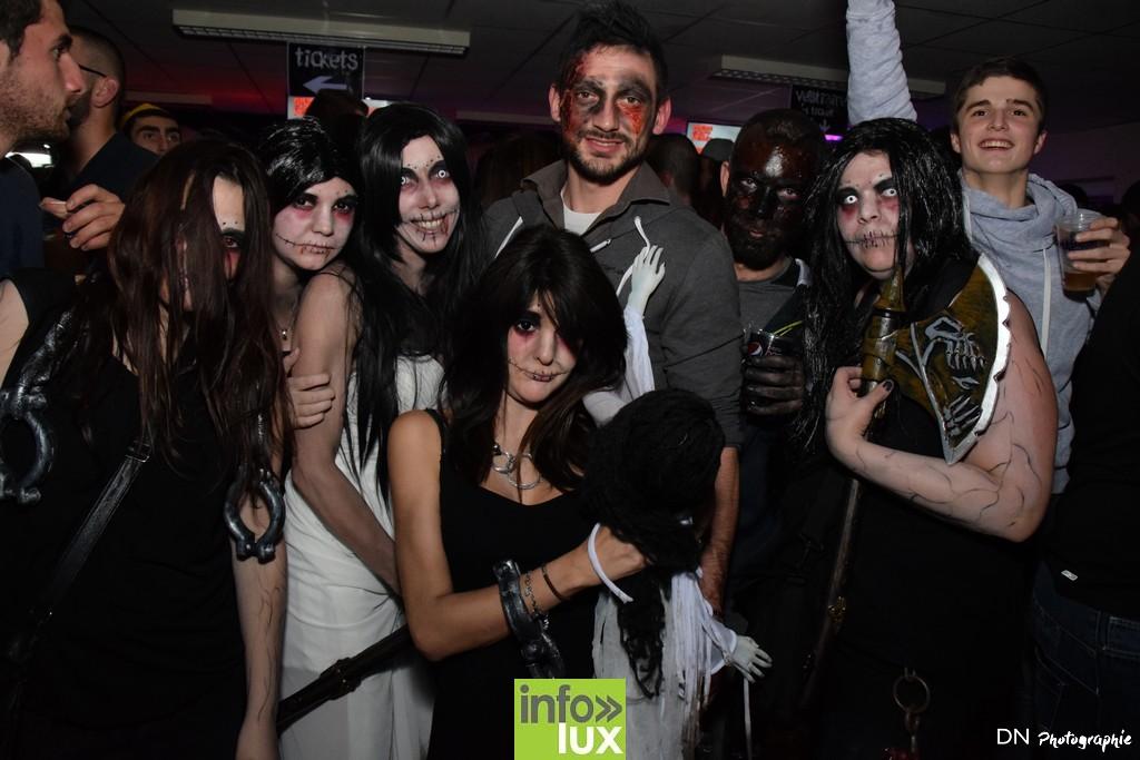 //media/jw_sigpro/users/0000002463/Halloween dancing club a meix dvt/image00303