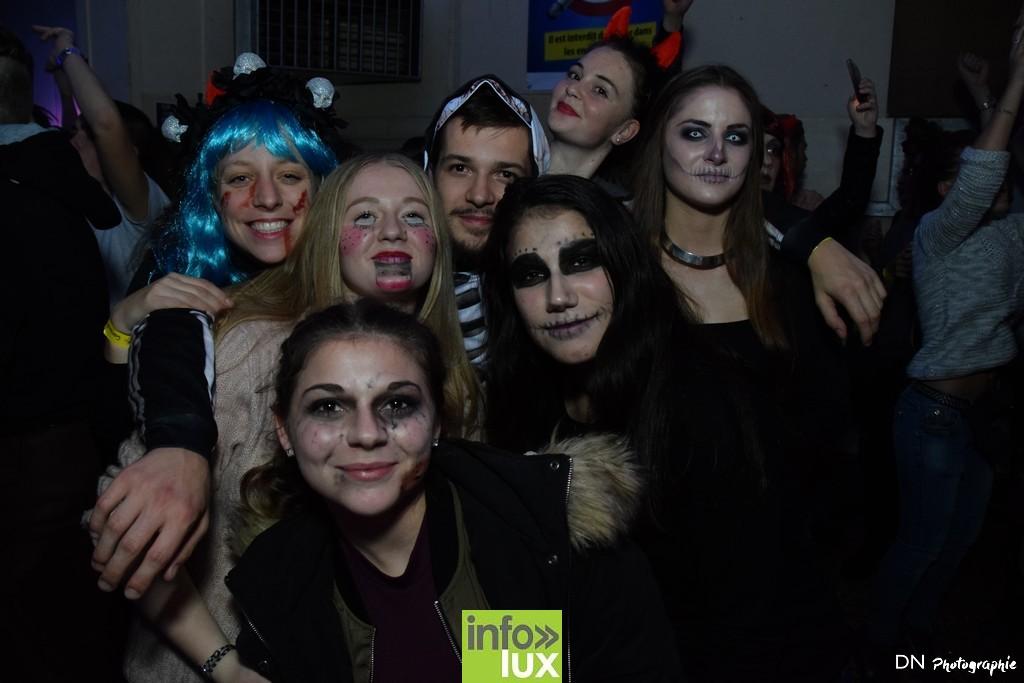 //media/jw_sigpro/users/0000002463/Halloween dancing club a meix dvt/image00311