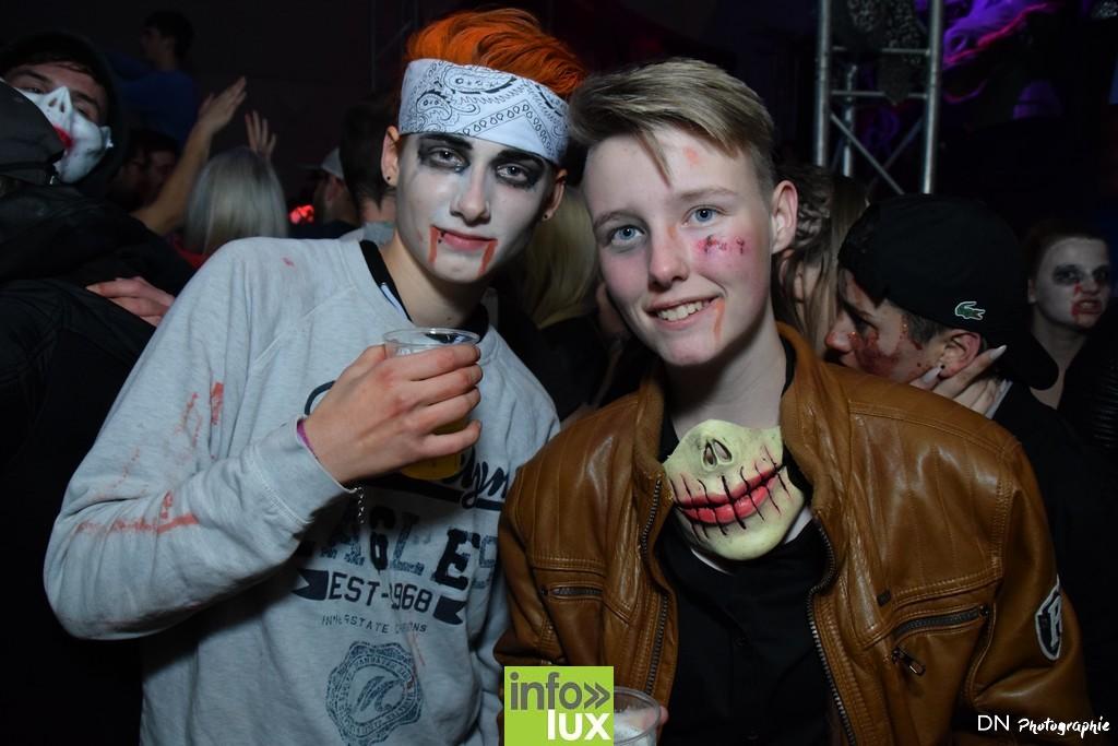//media/jw_sigpro/users/0000002463/Halloween dancing club a meix dvt/image00322