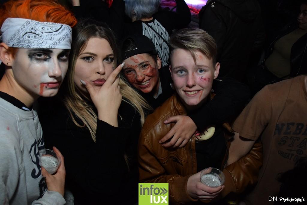 //media/jw_sigpro/users/0000002463/Halloween dancing club a meix dvt/image00326