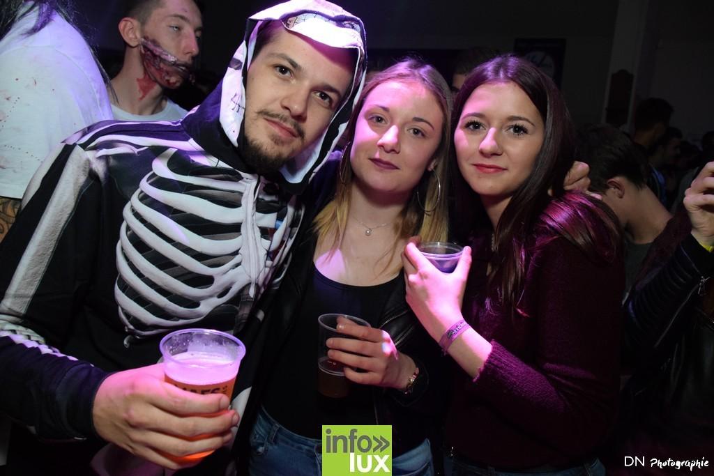 //media/jw_sigpro/users/0000002463/Halloween dancing club a meix dvt/image00327