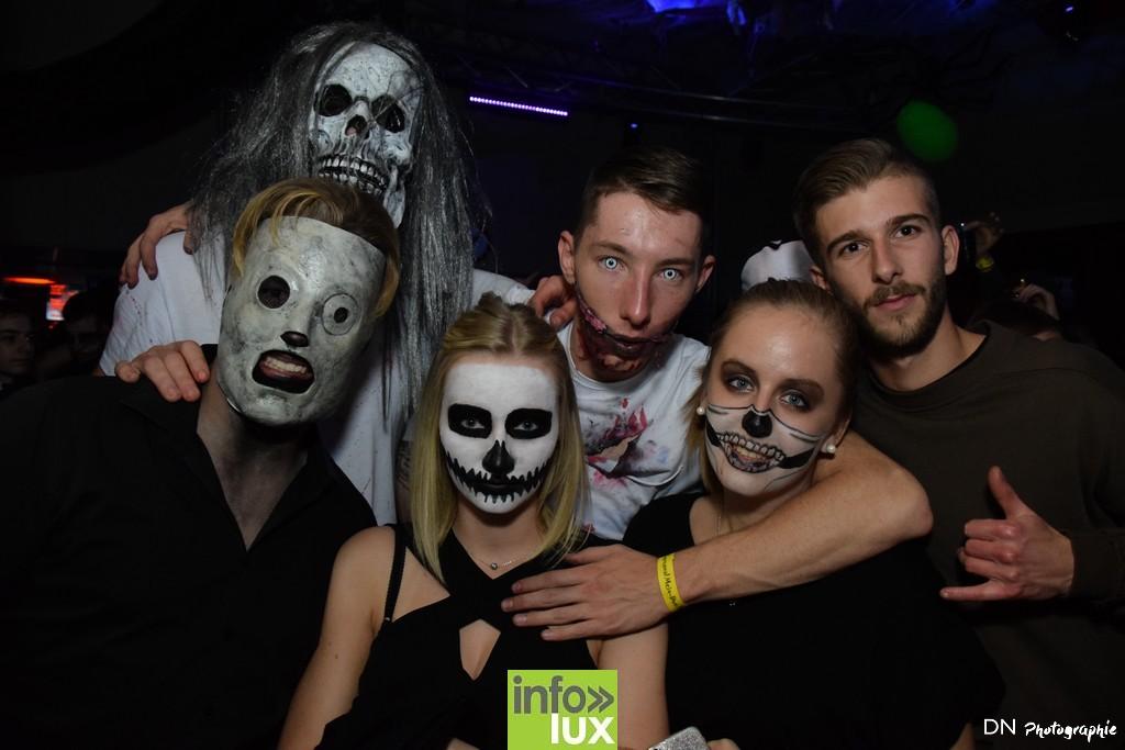 //media/jw_sigpro/users/0000002463/Halloween dancing club a meix dvt/image00328