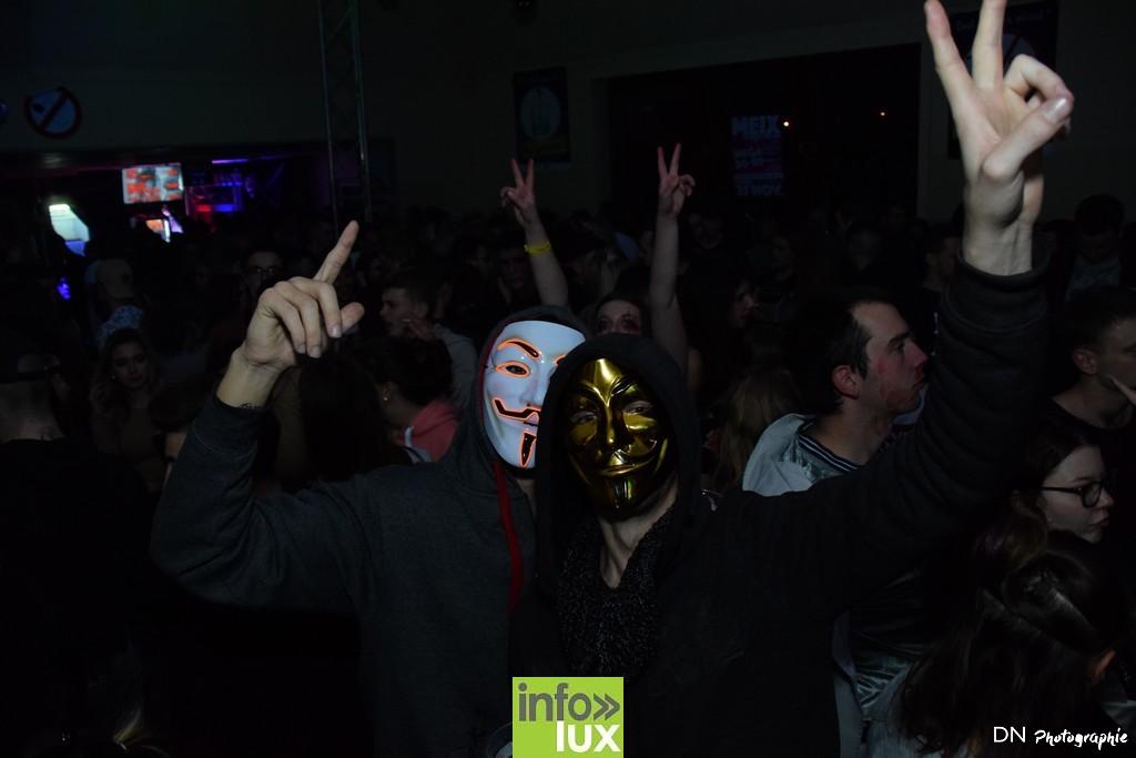 //media/jw_sigpro/users/0000002463/Halloween dancing club a meix dvt/image00330