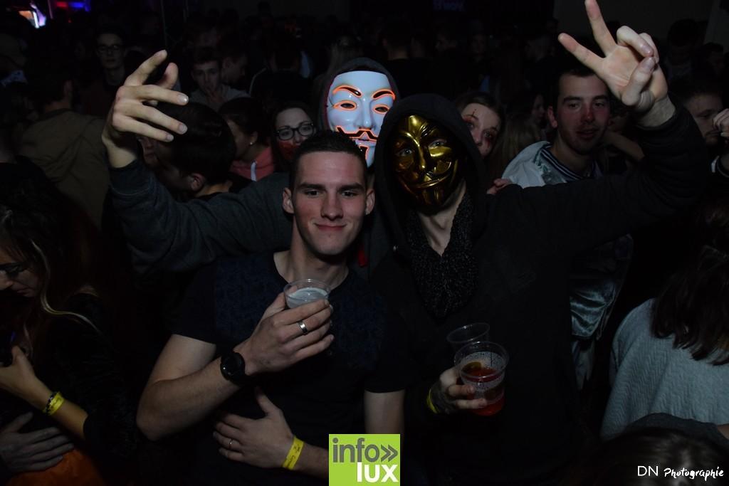 //media/jw_sigpro/users/0000002463/Halloween dancing club a meix dvt/image00332