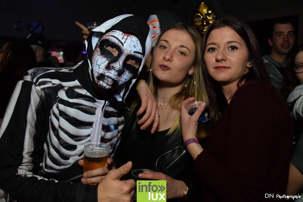 //media/jw_sigpro/users/0000002463/Halloween dancing club a meix dvt/image00333