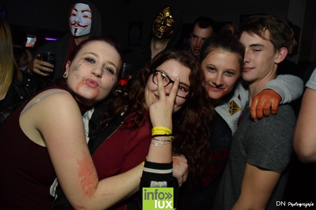 //media/jw_sigpro/users/0000002463/Halloween dancing club a meix dvt/image00335