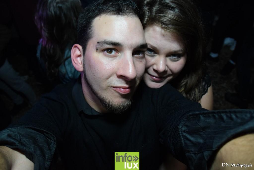 //media/jw_sigpro/users/0000002463/Halloween dancing club a meix dvt/image00345