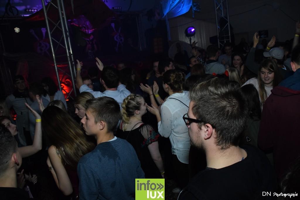 //media/jw_sigpro/users/0000002463/Halloween dancing club a meix dvt/image00347
