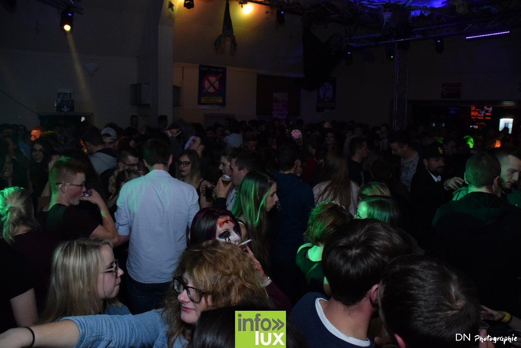 //media/jw_sigpro/users/0000002463/Halloween dancing club a meix dvt/image00360