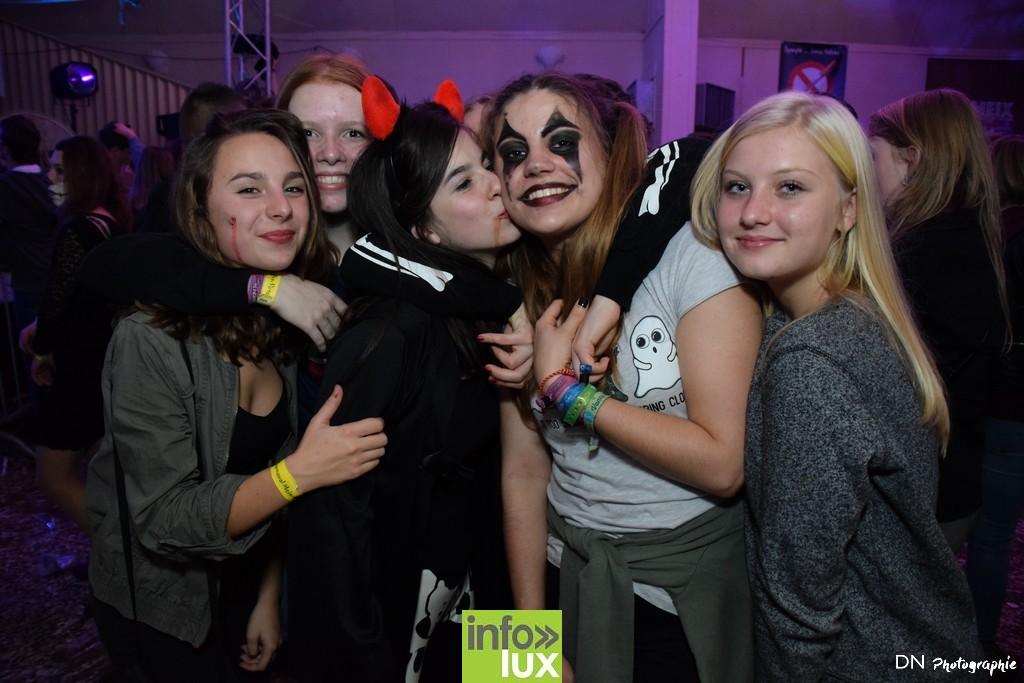 //media/jw_sigpro/users/0000002463/Halloween dancing club a meix dvt/image00386