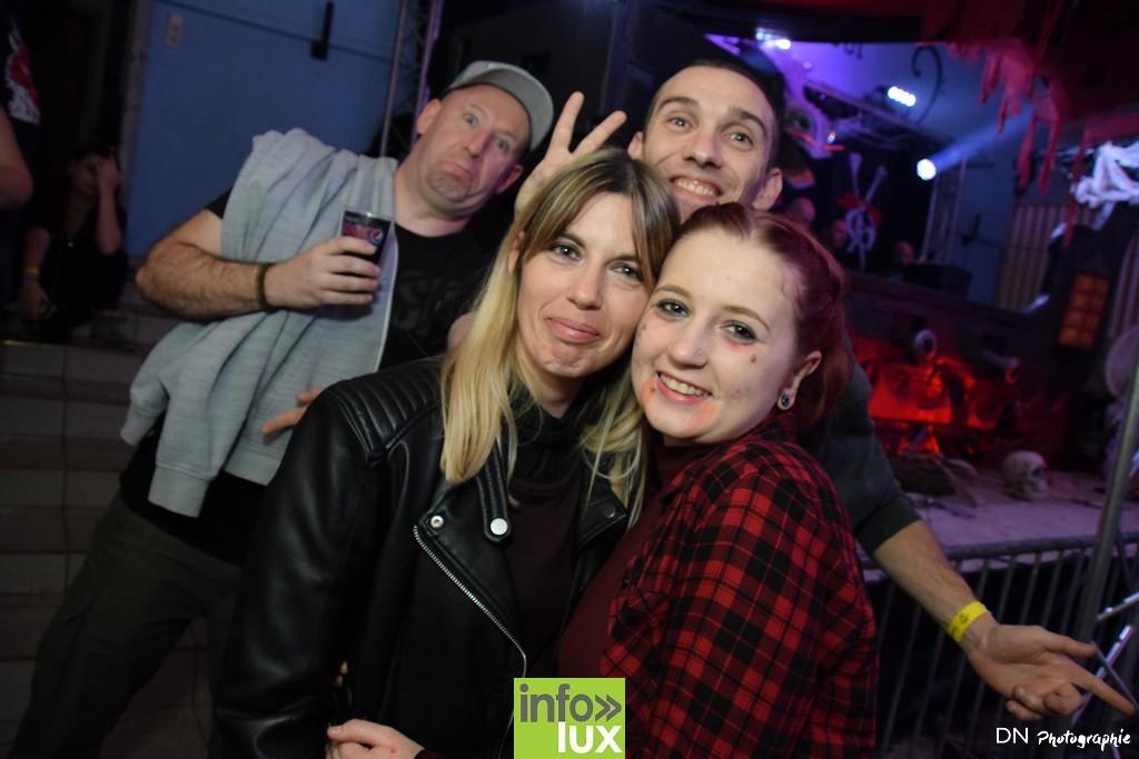 //media/jw_sigpro/users/0000002463/Halloween dancing club a meix dvt/image00388