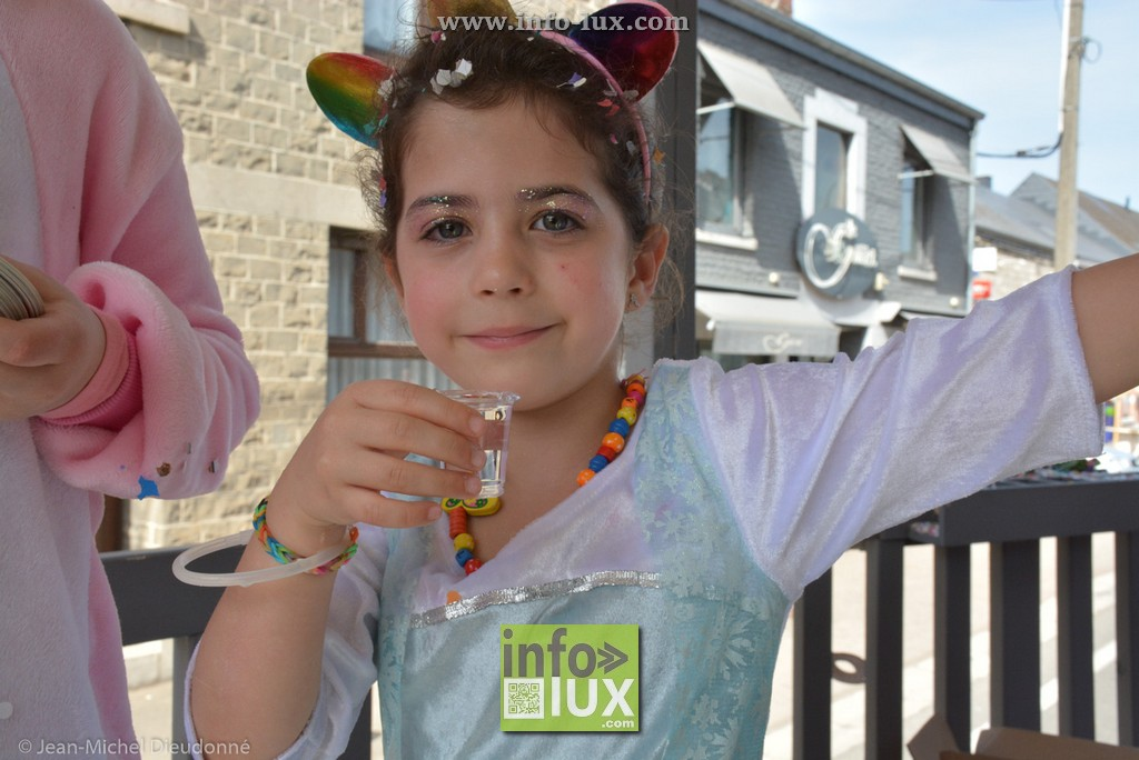 images/2018Hottoncarnaval1/carnaval-Hotton040