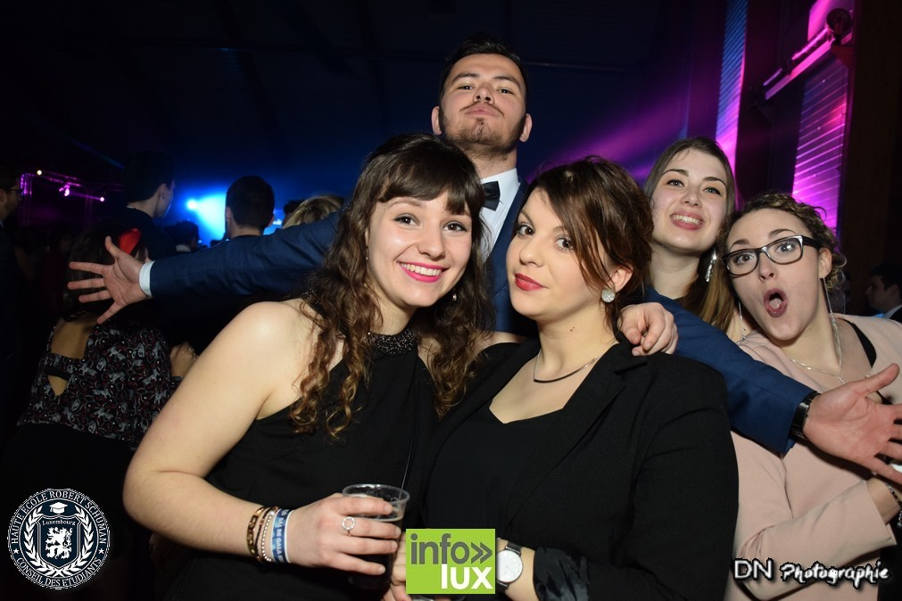//media/jw_sigpro/users/0000002463/carnaval bellefontaine dimanche/image00430