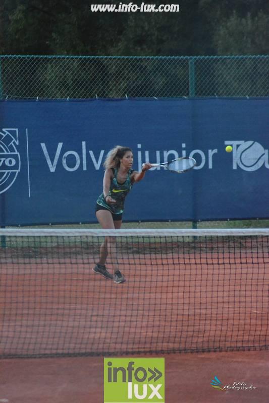 images/2018stMArdtennis/Tennis1053