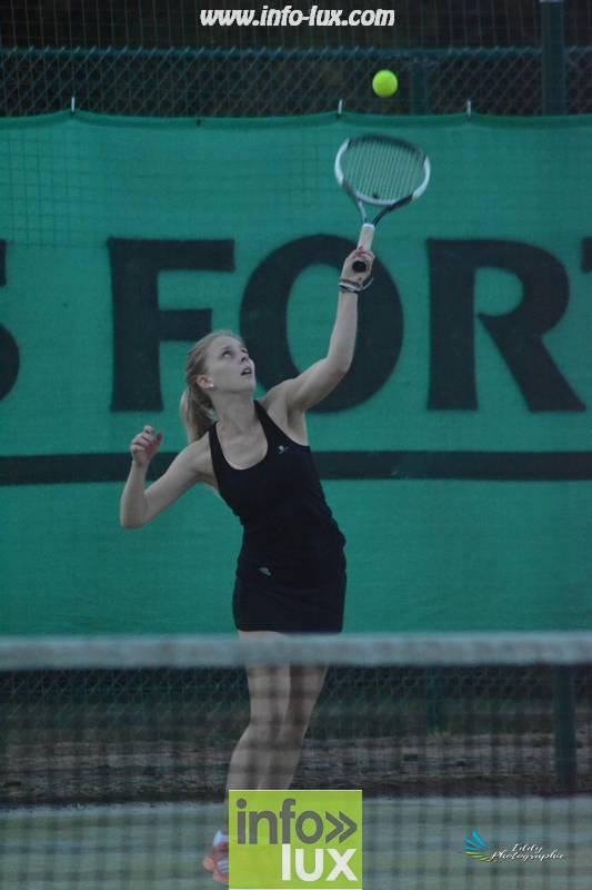 images/2018stMArdtennis/Tennis1055