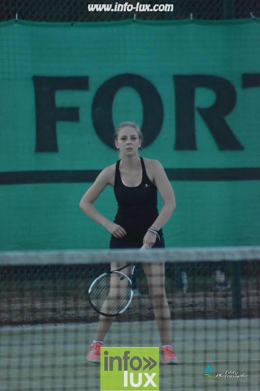 images/2018stMArdtennis/Tennis1058