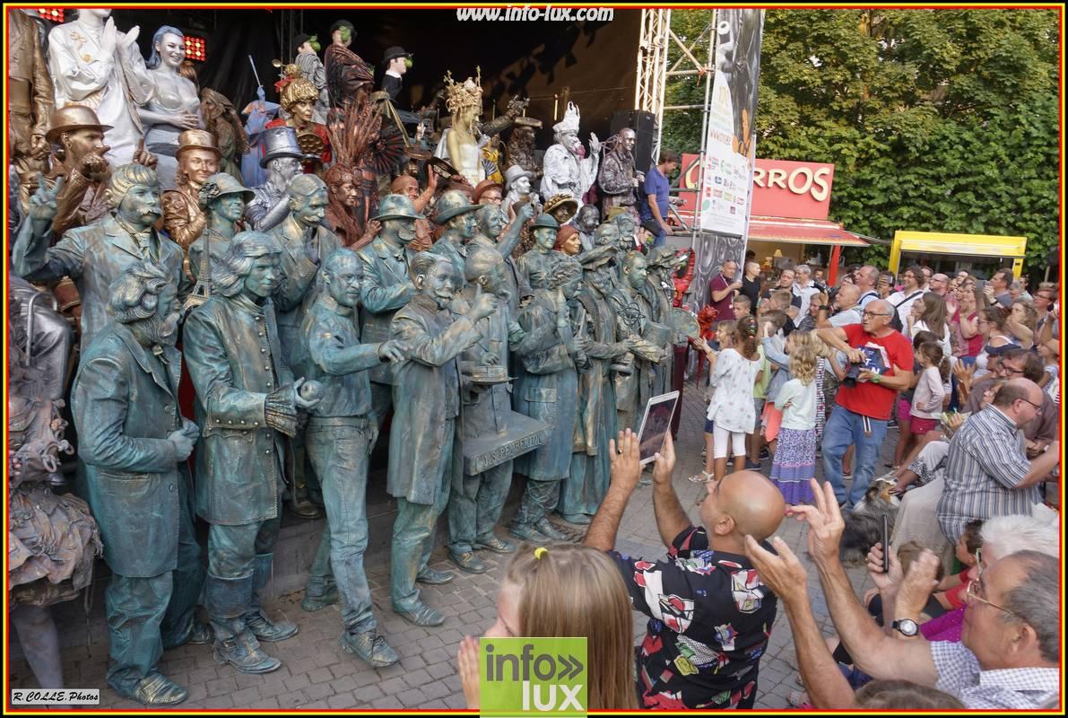 Statues en Marche Qui est élu la plus Belle ? – photos