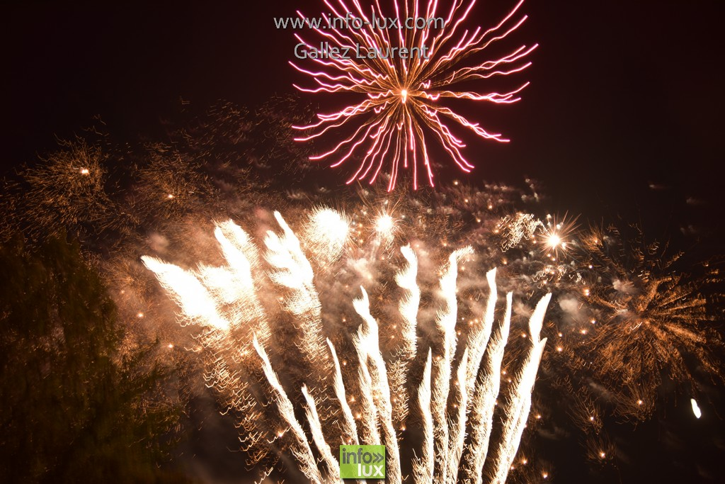 Photos du Feu D'artifice du 21 Juillet à Florenville
