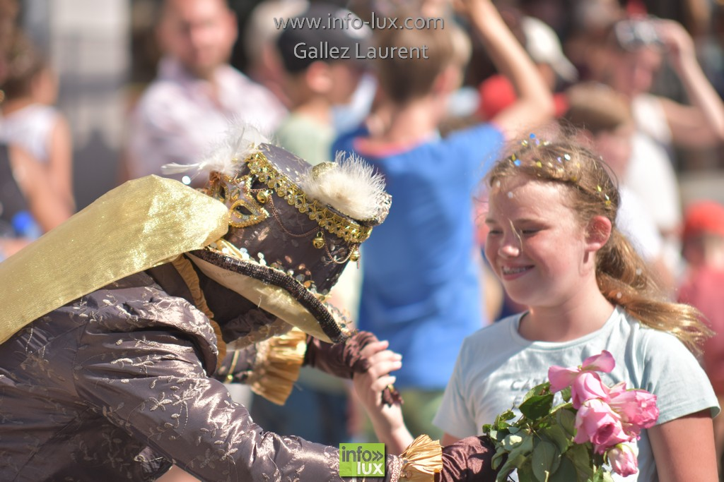//media/jw_sigpro/users/0000001062/carnavalsoleil/carnavalsoleil0348