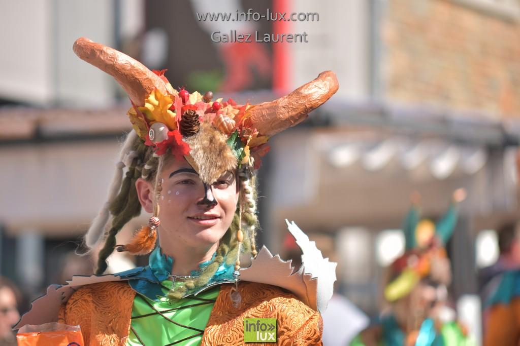 //media/jw_sigpro/users/0000001062/carnavalsoleil/carnavalsoleil0358