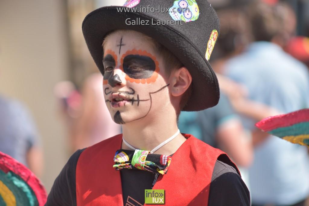 //media/jw_sigpro/users/0000001062/carnavalsoleil/carnavalsoleil0384