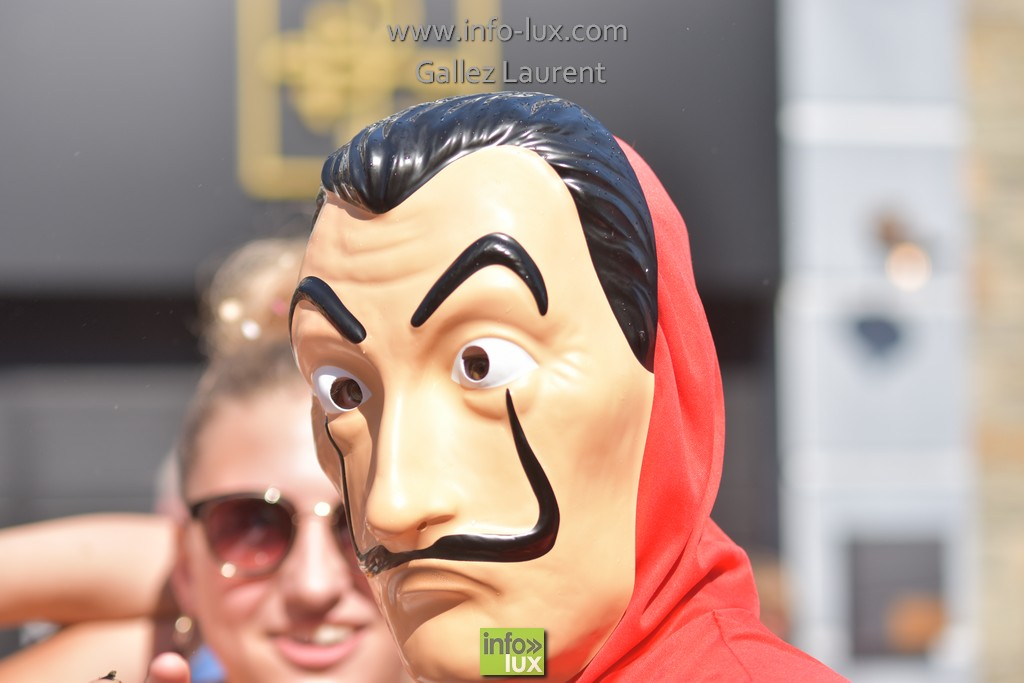 //media/jw_sigpro/users/0000001062/carnavalsoleil/carnavalsoleil0439
