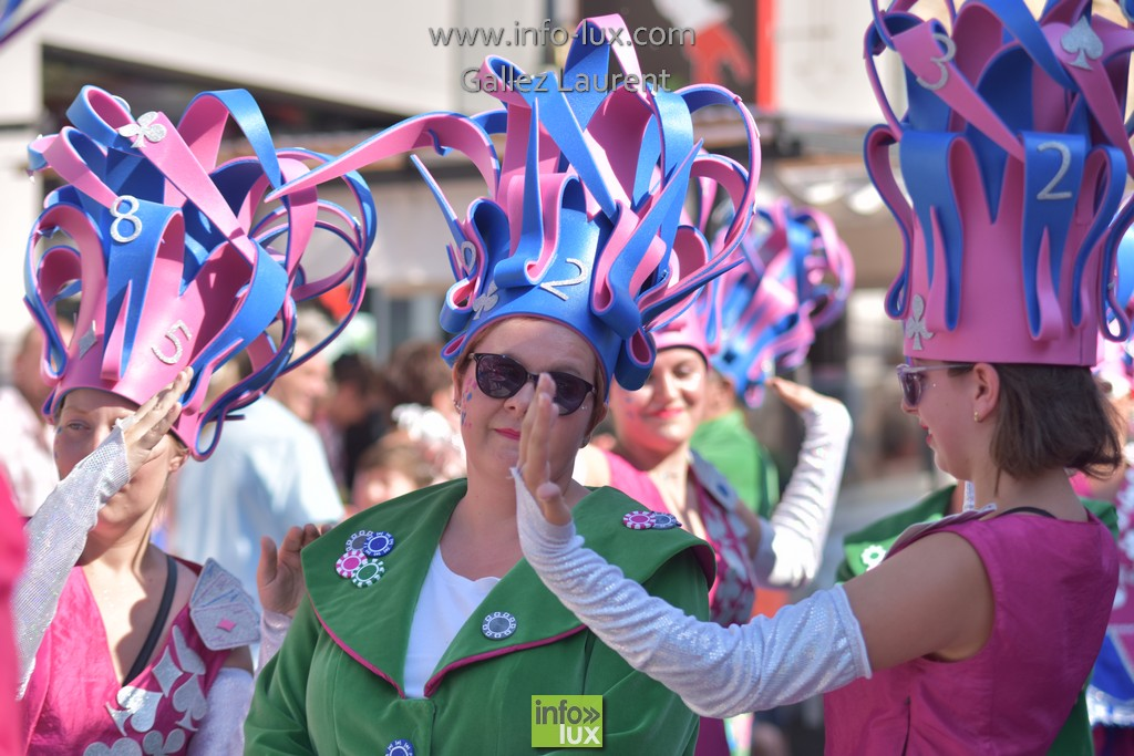 //media/jw_sigpro/users/0000001062/carnavalsoleil/carnavalsoleil0488